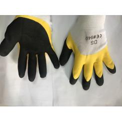 Перчатки рабочие покрытые вулканизированным силиконом с вспененной ладонью